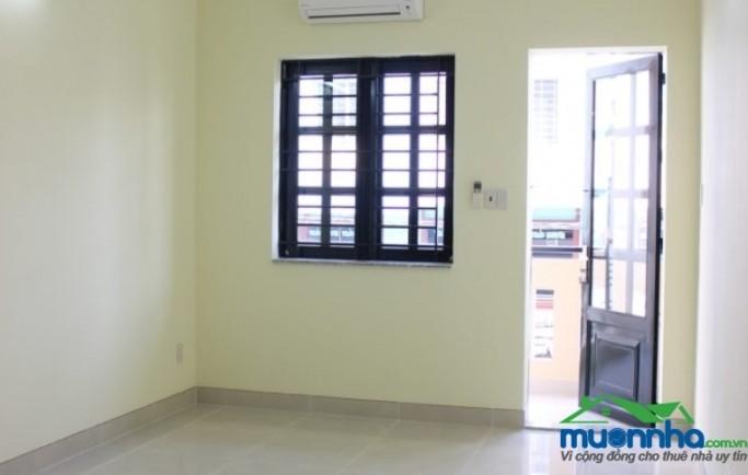 Cho thuê phòng sạch sẽ, thoáng mát, có ban công, cửa sổ 20m2 giá chỉ 4,5tr/tháng diện tích 20m2 giá 4.5 triệu/tháng