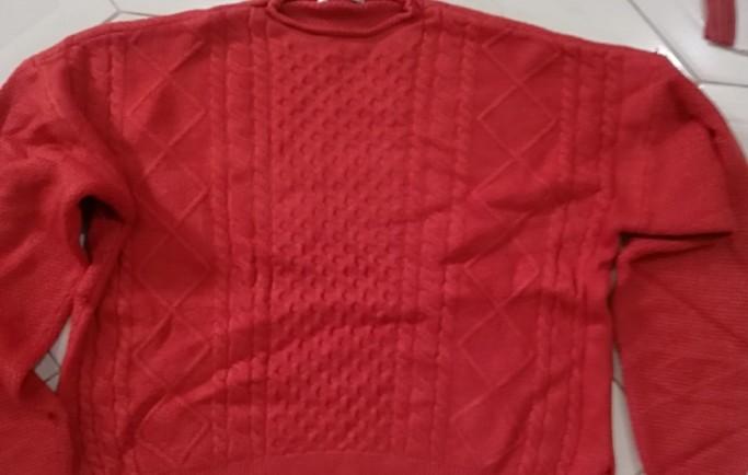 Chuyển phát nhanh áo len đi trung quốc cho người nhà