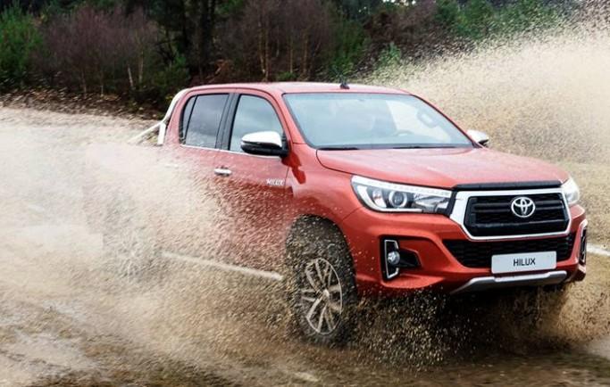 Đánh giá xe Toyota Hilux 2018 bản 2.8G Mlm hoàn toàn mới