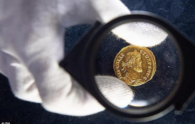Đồng xu giá hơn 16 tỷ ở cánh đồng