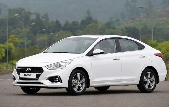 So sánh xe Hyundai Accent 2018 và Kia Cerato 2018