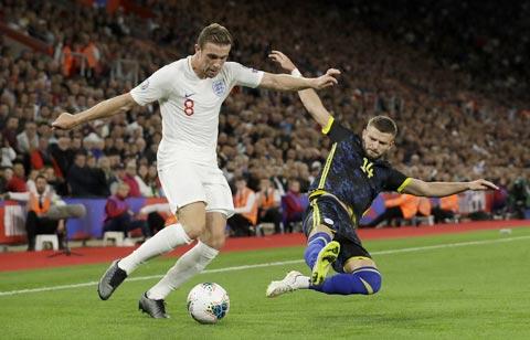 Báo zbet đưa tin Luận tuyển Anh: Đã đủ