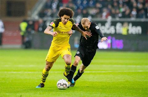 Club 8live đưa tin: Axel Witsel, yếu nhân của Dortmund